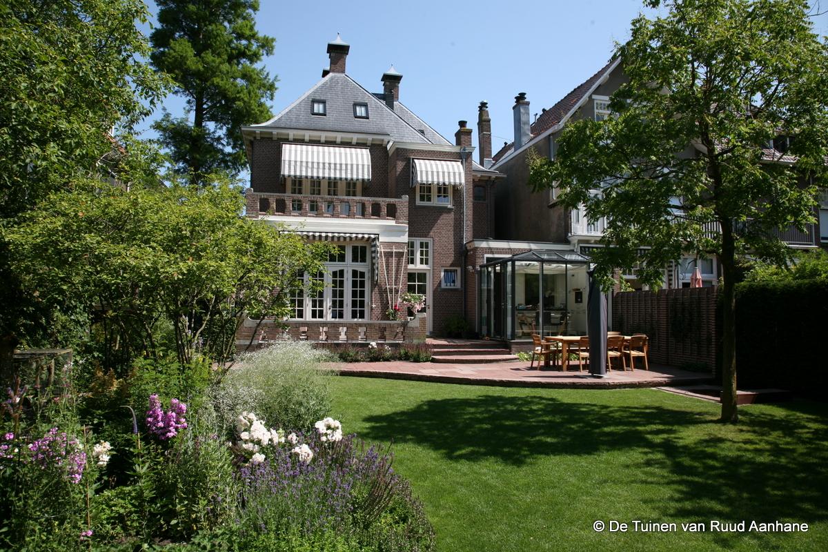 Engelse Landschapsstijl Tuin : Gerealiseerde projecten de tuinen van ruud aanhane